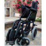 Se vende silla de ruedas plegable
