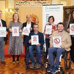 """El Ayuntamiento se suma a la campaña de ASPAYM """"Por aquí no puedo, por aquí no paso"""""""