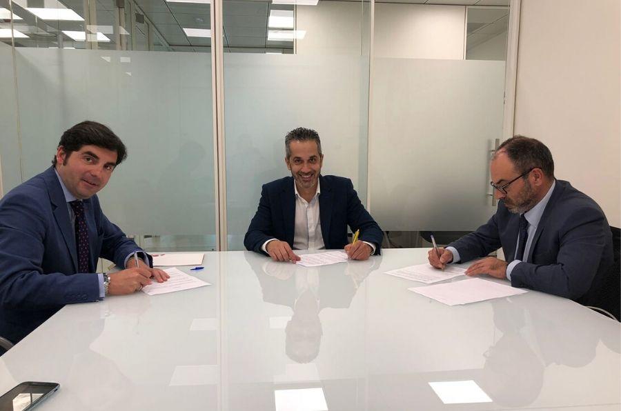 Representantes de ambas entidades firman de convenio