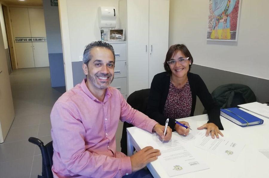 Representantes de ambas entidades firman el acuerdo