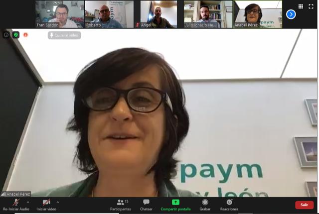 Anabel Pérez, directora de ASPAYM en la vídeoconferencia de Red ASPAYM