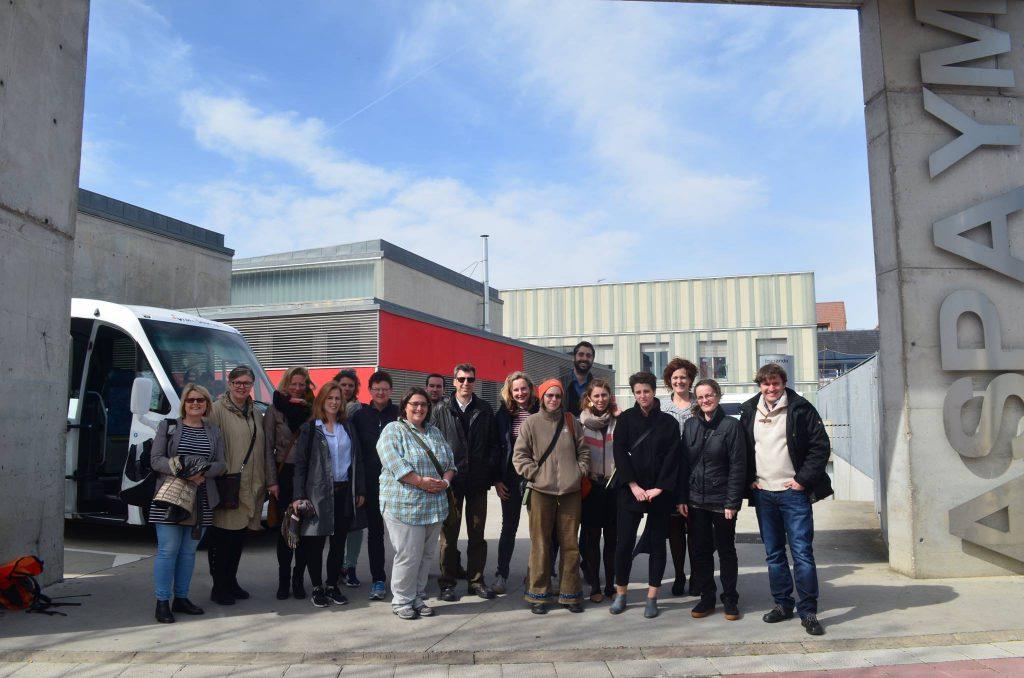 Asistentes a la reuniónd el proyecto durante en la sede de ASPAYM