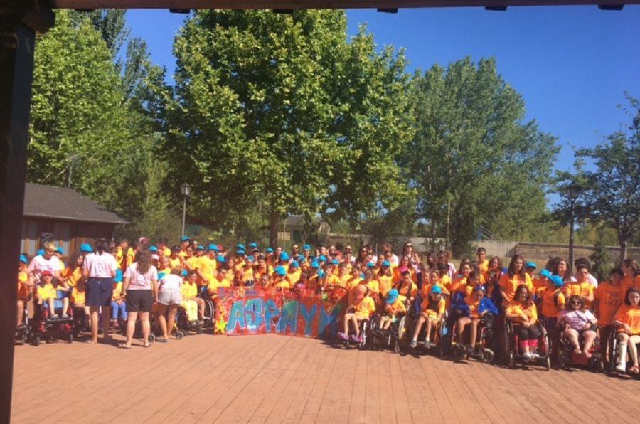 Participantes en el XX Campamento ASPAYM