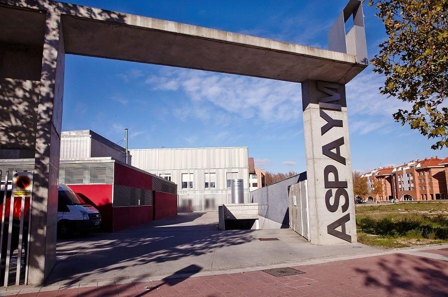 Entrada a la sede de Valladolid de ASPAYM CyL