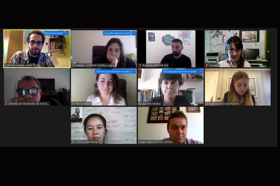 Participantes de la reunión online del proyecto Radio for Youth