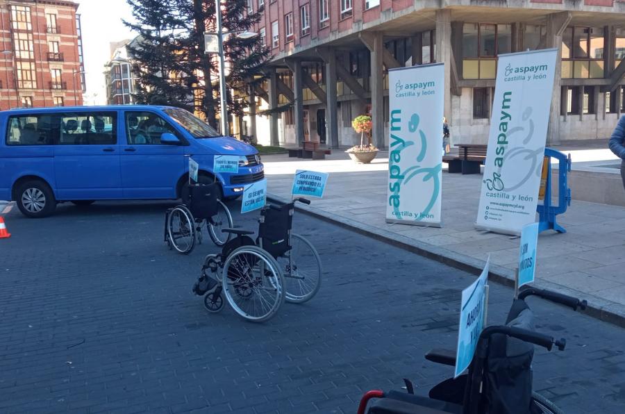 Campaña sensibilización sillas de ruedas en Burgos